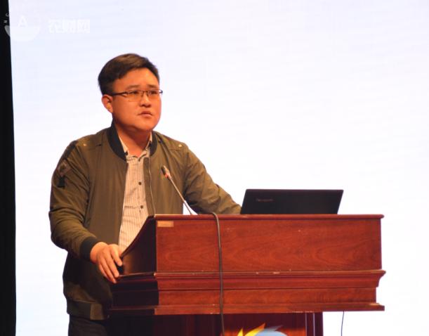 江苏绿港现代农业发展有限公司种子事业部总经理孙士鹏.png