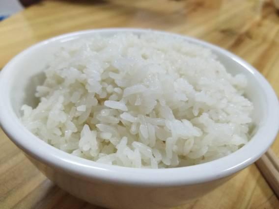 试吃富硒香米,锅底干了|夫妻树富硒大米种植日志170723
