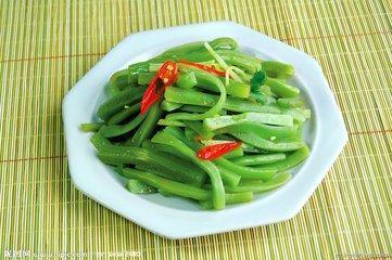 比牛肉还贵的网红贡菜,一斤60多,适合大面积扩种吗?种菜人能靠它逆袭吗?